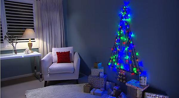 Make Christmas Tree Wall Lights : Cheap Christmas Tree Ideas [PHOTOS/VIDEOS]