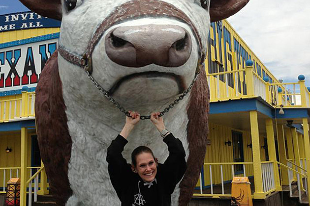 Molly Schuyer Finishes Two 72oz Steaks at Big Texan